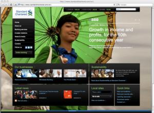 Abb. 6: Nutzung eines grossflächigen Hintergrundbildes bei der Standard Chartered